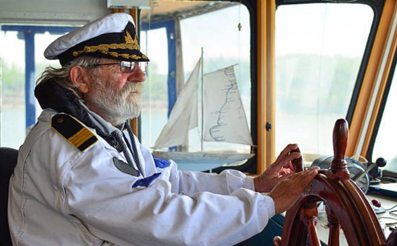 ¿Que es un Capitan de Barco en un Crucero?