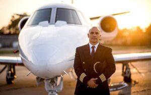 Cómo convertirse en un Piloto Aviador