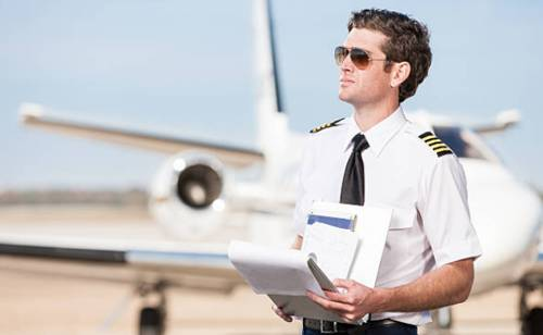 Lo que se debe estudiar para ser piloto aviador