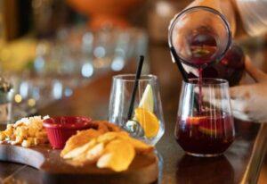 La importancia del departamento de alimentos y bebidas en un hotel