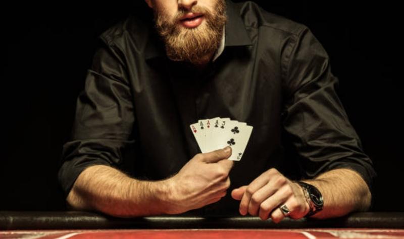 Como se Juega al Poker en el Casino