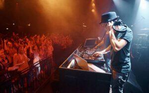 Nombres de DJ Famosos de Música Electrónica en Mexico