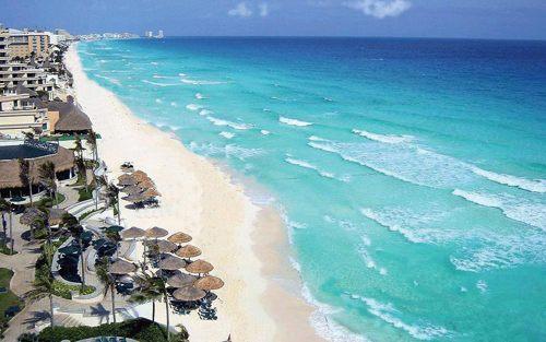 Disfrute la tranquilidad que ofrece la Playa Punta Nizuc