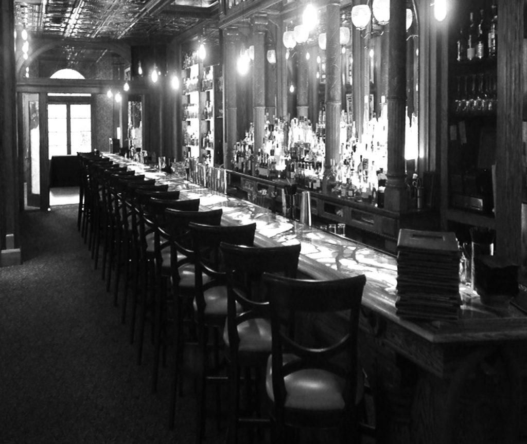 Stanley Hotel famoso por estar embrujado en Colorado, EEUU.